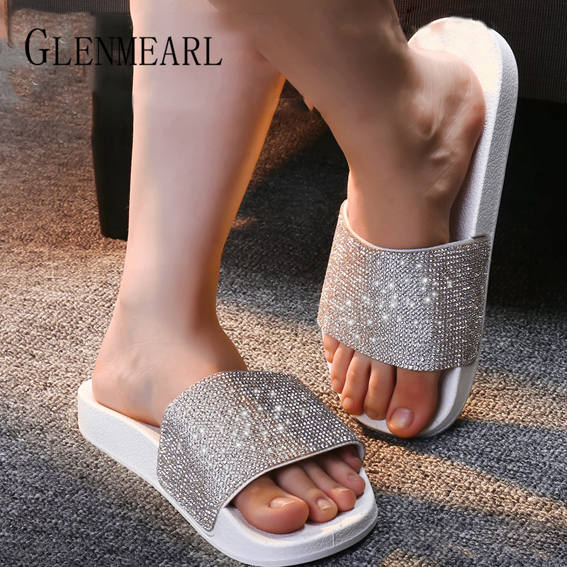 Women Slippers Fashion Crystal Flat Heel Summer Shoes Female Indoor Outside Bling Beach Slides Open Toe Rhinestone Lady Shoes DE slipper