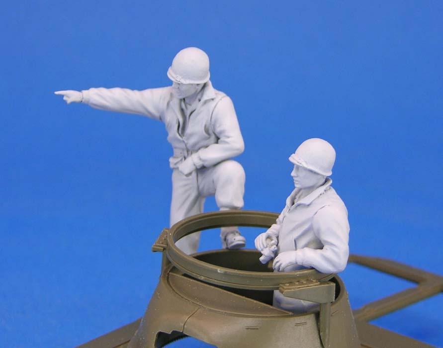 Resin toys L0114 US M8 Greyhound Crew set Free shipping