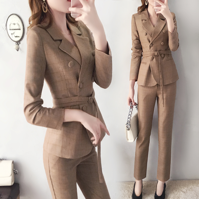 Light Tan Suit Suit Female Spring And Autumn New Fashion Temperament British Wind Slim Belt Small Suit Pencil Pants Two-piece