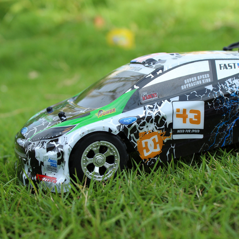 A989 2.4G 4CH 30km/h RC Drift Racing Car high Speed Remote Control Deformation Car for Kids Toys for children Birthday Gifts
