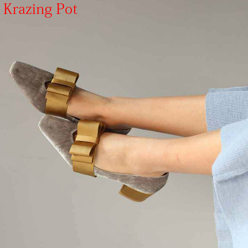 2018 Shoes Woman Fashion Velvet Shallow Pointed Toe Runway Brand Spring Shoes Med Heel Metal Bowtie Pumps High Heels Shoes L51