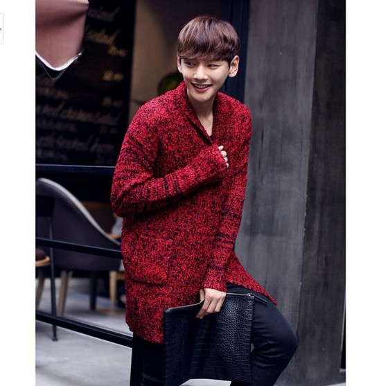 bab5719240e9d HOT ! 2017 Men s long section thick sweater tide men s fashion red knit sweater  jacket Korean line clothing tide-in V-Neck from Men s Clothing on ...