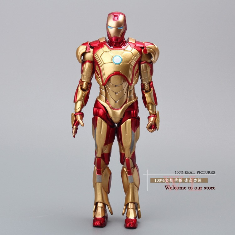 High quality 20cm Iron Man The Avengers Tony Stark PVC Action Figure Movie Lovers Collection Gold Edition Free Shipping HRFG107 new hot 15cm iron man avengers tony stark spider man homecoming action figure toys spiderman christmas gift doll with box