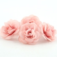 100 adet 4.5cm Mini Yapay Ipek Gül Çiçek Kafa DIY Scrapbooking El Yapımı Çiçek Öpücük Topu Düğün Için