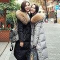 Parkas Para Las Mujeres 2016 de la Chaqueta de Invierno Pato Abajo Cubren Gran Cuello de piel de Mapache Engrosamiento Chaqueta prendas de Vestir Exteriores Femenina Desgaste de la Nieve de la Marca