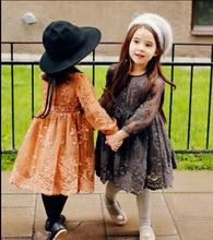 Янтарный Корейский Детская Одежда 2015 Девочка Осенью Кружева Винтаж Платье Принцессы Флис Теплая Одежда для 2-7yrs Девочку
