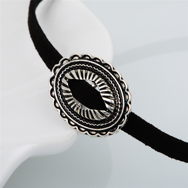 KOMi New Design Harajuku Korea Velvet Belt Necklace Collar Sweater Chain Necklace Women Retro Metal Pattern Collares Mujer O-252