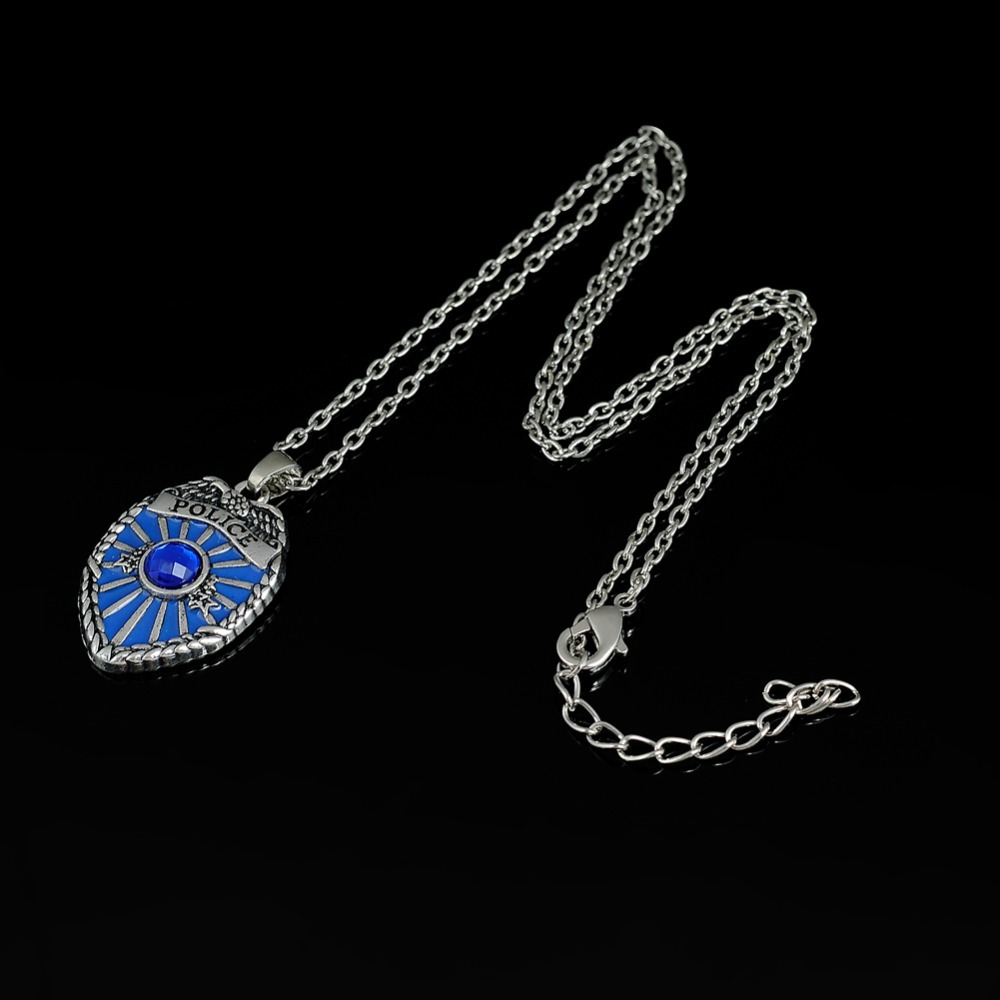 Skyrim Cool Jewelry Rhinestone Police Badge Necklace Policeman Blue - Bisutería - foto 4