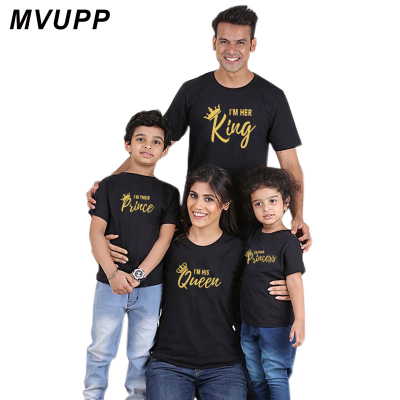 HTB1E1Saov5TBuNjSspcq6znGFXaf Summer mother and daughter clothes family matching outfits mommy and me look tshirt father mom son baby clothing King Queen