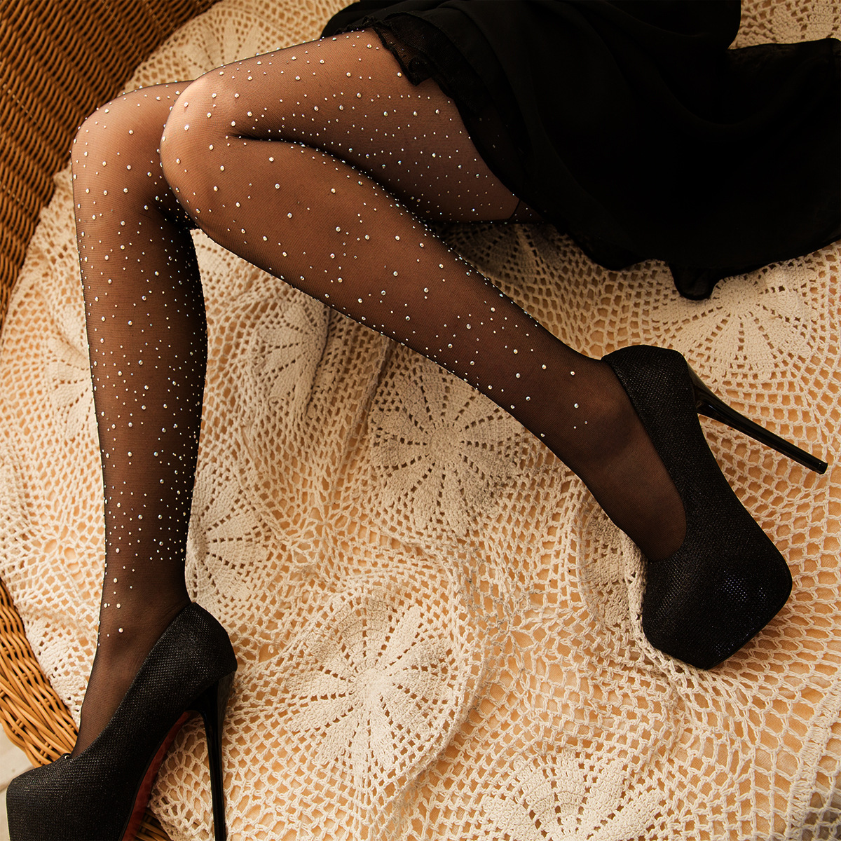 Europe and The United States Sexy Hot Drilling Pantyhose Shining Silk Anti-wire Silk Shiny Black Women Tights