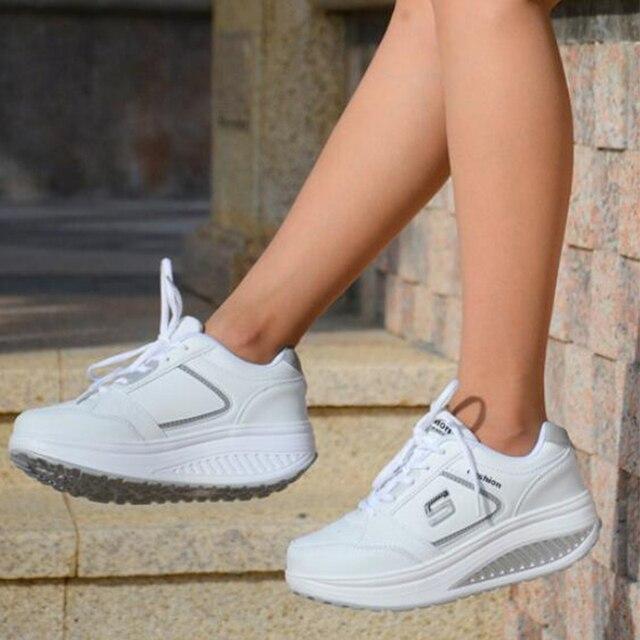 e766dc131d 2018 As sapatilhas Das Mulheres sapatos de Emagrecimento sapatos de  plataforma das mulheres do esporte da