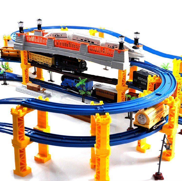 Diamond 138 PIECES 3 Layers 4 Kinds of Locomotives Music thomas train track rail slot car toy electric train set toy Kids Toy