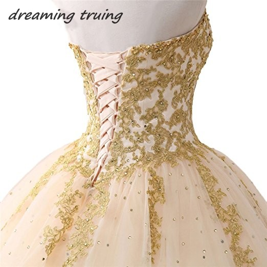 Vestidos Para 15 2018 In Stock Champagne Ball Gowns Quinceanera Dresses  With Gold Appliques Girl Prom Gown Sweet 16 Dresses -in Quinceanera Dresses  from ... a1cc30d967fe
