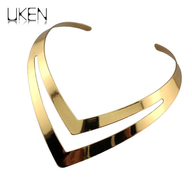 d467f3180d33 Uken punk alta calidad del estilo ahueca hacia fuera geométrica Torques gargantillas  Collares para las mujeres moda aleación collar declaración joyería