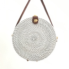 2019 new hand-woven rattan bag round leather buckle womens shoulder bohemian straw diagonal beach ins with Bali