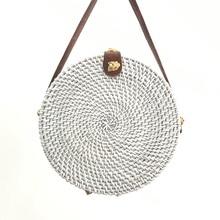 купить 2019 new hand-woven rattan bag round leather buckle women's shoulder bag bohemian straw diagonal beach bag ins with Bali по цене 1667.36 рублей