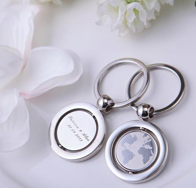 100Pcs With World Map Personalized Keychain Wedding Gifts For Guests Customized Favors Unique Party