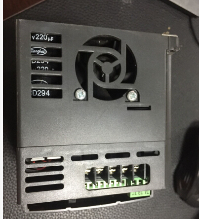 8000B-4T2R2GB 2.2KW 380V Frequency converter Use test, quality assurance. bsm200ga120dn2 quality assurance test