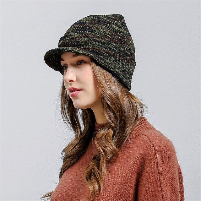 Berretto con visiera Signore Baggy Crochet Caldo Inverno Cappello di Lana A  Maglia Sci Beanie Del 2a6b5119a9eb