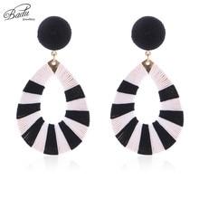 Badu Black White Striped Earring Women Vintage Stud Earrings Big Oval Shape Statement Jewelry Gift for Party Wholesale