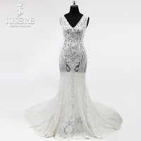Tank V neckline Exquisite Lace Outer Layer Sleeveless New Design Bridal Sexy Back Transparent Lace Trumpet Wedding Dresses 2018