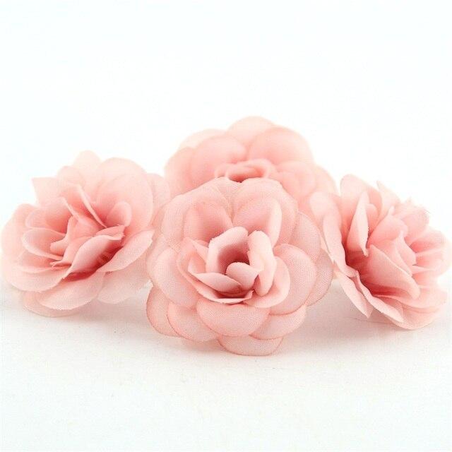 50 adet Mini 4.5cm Yapay Ipek Gül Çiçek Kafa DIY Scrapbooking Çiçek El Yapımı Öpücük Topu El Sanatları Düğün Dekoratif