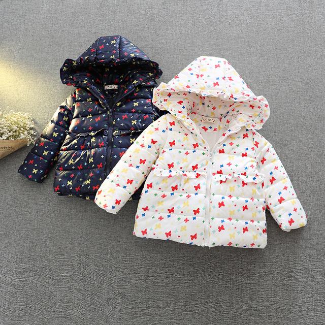 Um novo 2016 crianças em nome de meninas Coreano linda borboleta padrão de algodão com capuz de algodão Q153