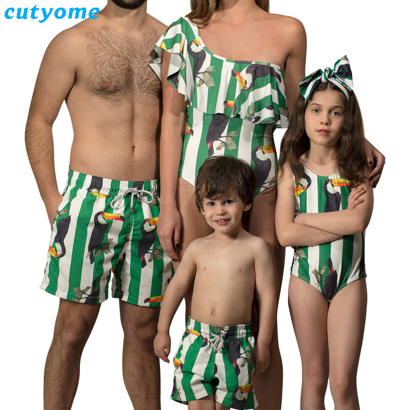 Family Mother Daughter Father Son Matching Swimwear Bird Beachwear Mommy And Me Swimsuit Swimming Trunks For Kids Men Family Set