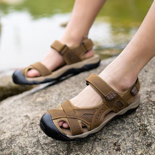 Мужчины сандалии 2017 летние дышащая высокого качество натуральная кожа сандалии летние мужчины на открытом воздухе случайные пляжная обувь плюс размер 44 45