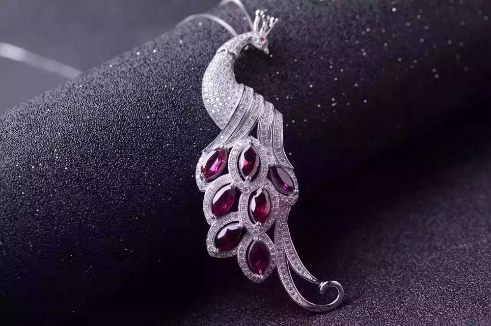 natural red garnet stone pendant S925 silver Natural gemstone Pendant Necklace trendy luxurious Long peacock women