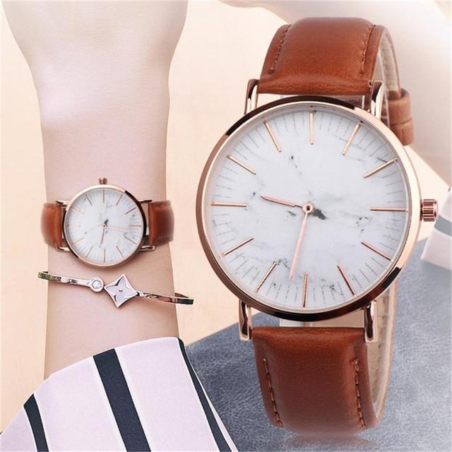 Vintage Leather Band Women's Watches Analog Alloy Quartz Wrist Watch Fashion Cou