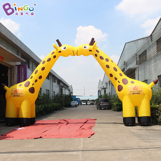 Customized 10x5.3 meters inflatable giraffe archway decorative airblown giraffe arch with blower toysCustomized 10x5.3 meters inflatable giraffe archway decorative airblown giraffe arch with blower toys