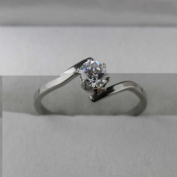 free shipping 5mm zircon CZ rings 316L Stainless Steel women finger ring  wholesale lots