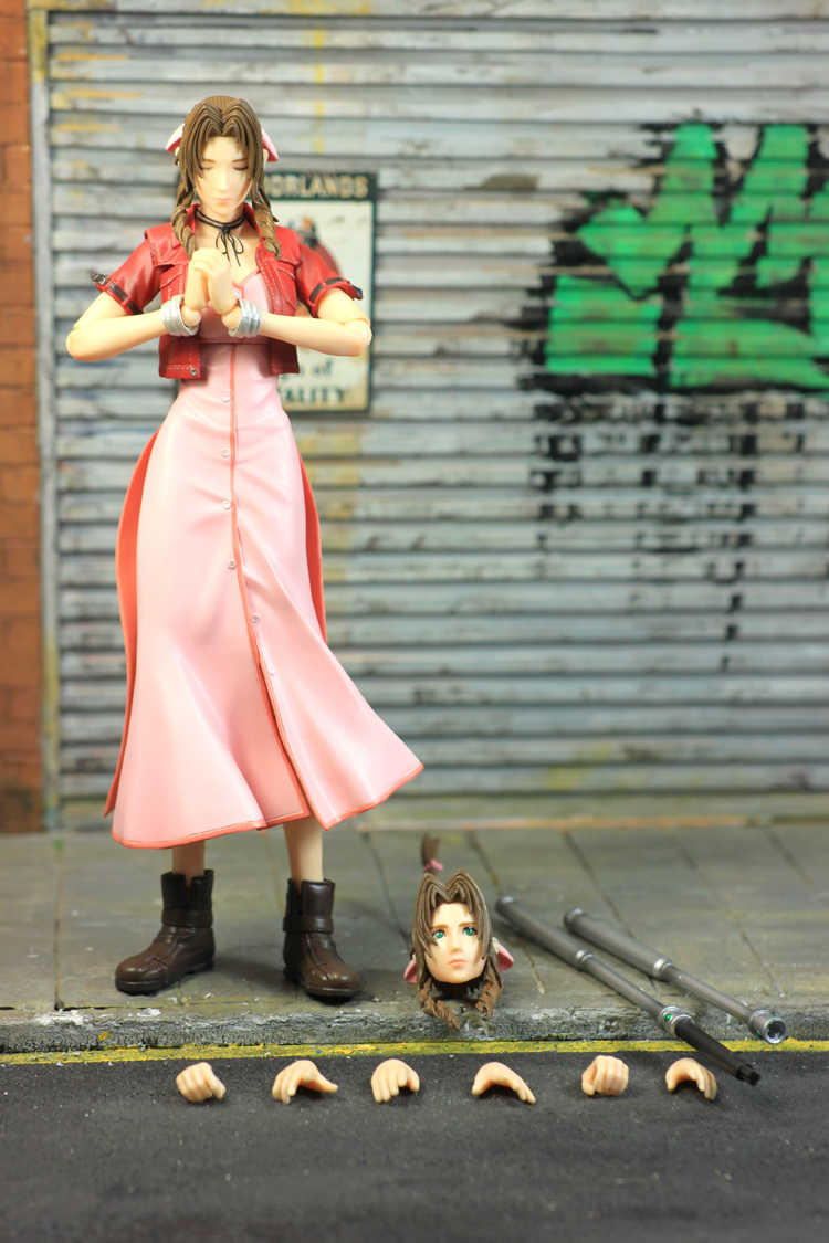 Jogue Arts KAI Final Fantasy Zack Fair XV Original Aeris PVC Action Figure Collectible Modelo Toy 26 cm