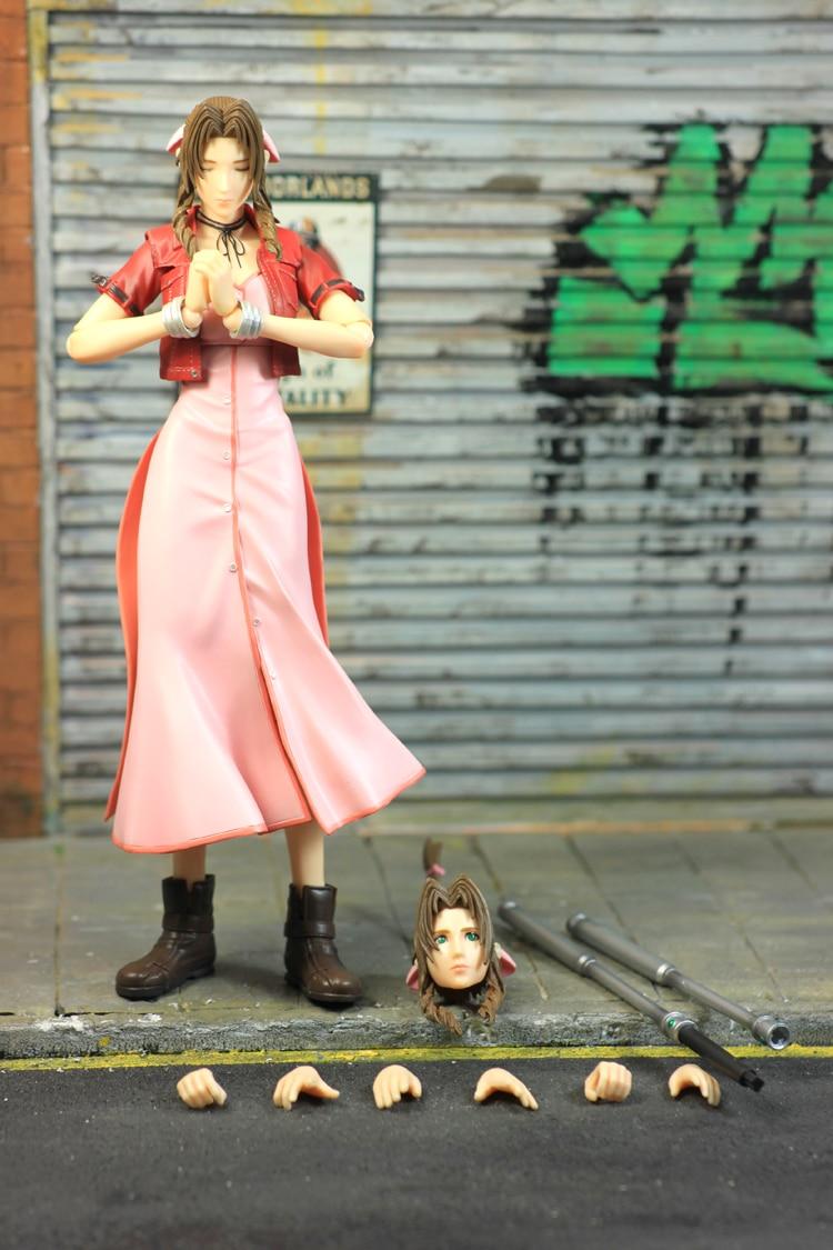 Oyuncaklar ve Hobi Ürünleri'ten Aksiyon ve Oyuncak Figürleri'de Orijinal Oyna Sanatları KAI Final Fantasy XV Zack Adil Aeris PVC Action Figure Koleksiyon Model Oyuncak 26 cm'da  Grup 1