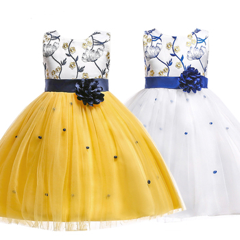 808bbde5d Berngi nuevo verano 3-10 años hermosas niñas vestido Formal de flores ropa  de niño Regalo de Cumpleaños niño bebé vestido de niños