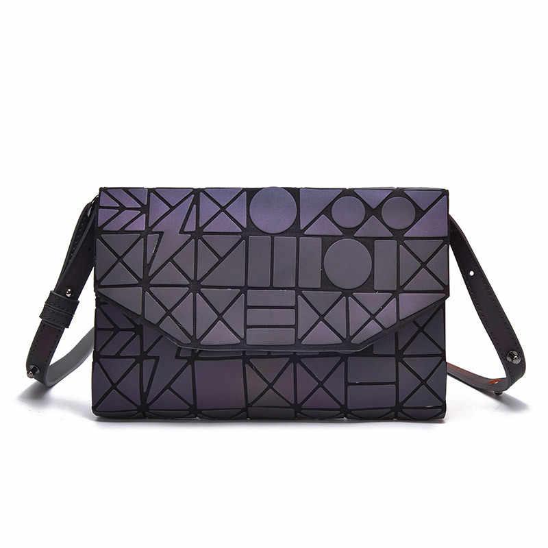 Leucht Frauen Taschen Geometrische Plaid Luxus Handtaschen Für Mädchen Designer Tote Tasche Falten Abend Taschen PU Casual bag