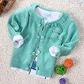 Дети вязаный свитер хлопок кардиган свитер верхняя одежда 2017 весна осень новорожденных девочек вырос цветок свитера, дети розовые свитера