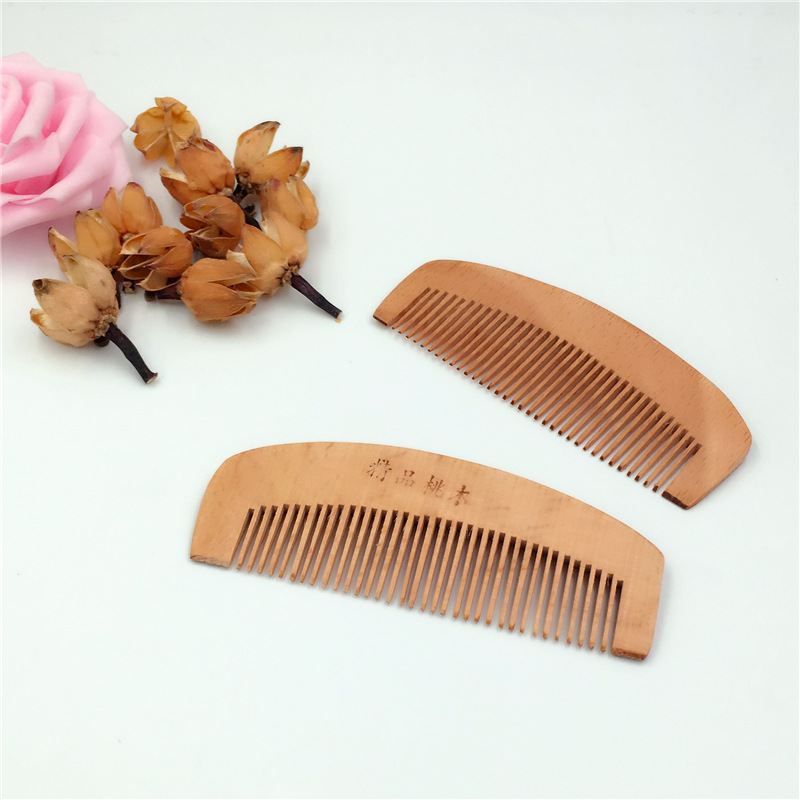C45 Peach wood comb anti-static portable makeup small comb month comb цена 2017