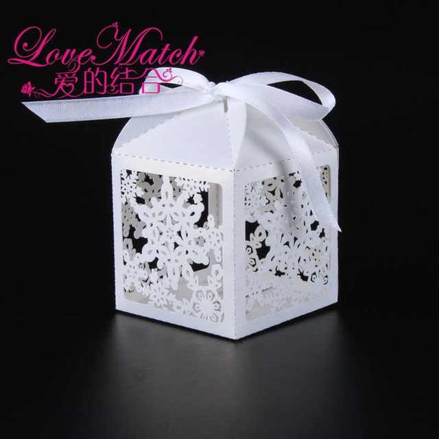 50Pcs Christmas Snowflake Laser Cut Wedding Candy Box Wedding Box