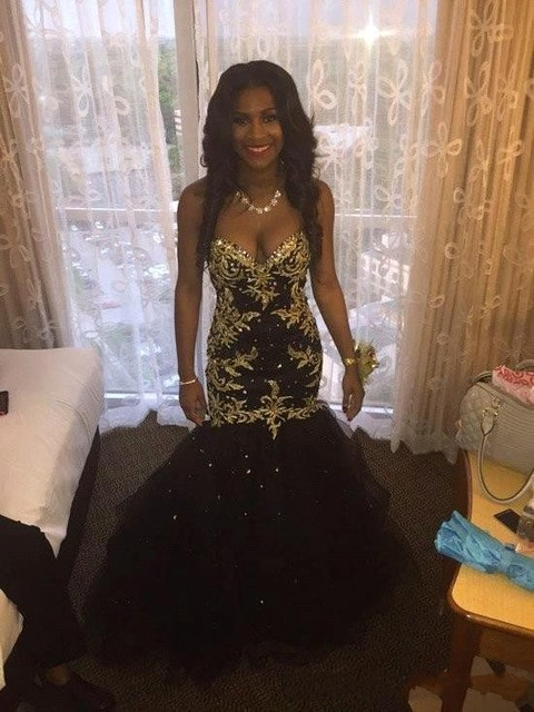 c1fffda0e8 Black Gold Sweetheart Mermaid African Prom Dresses 2019 Gold Appliques  Beaded Corset Tulle Teens Proim Gowns vestido de festa