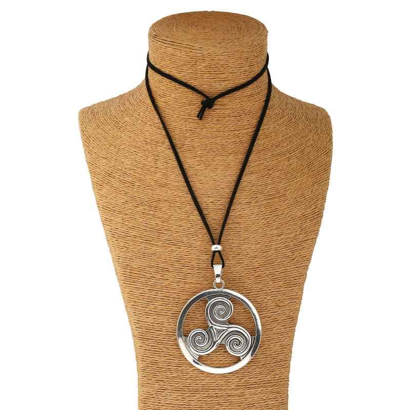 Silver Lagenlook Large Abstract Alloy Round Tripartite Charm Pendant Long Suede Leather Necklace  line art