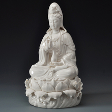 Porcelain Christmas Gifts White Buddha Statues Home Decor Ceramic Sculpture Guanyin Goddess of Mercy Buddhism