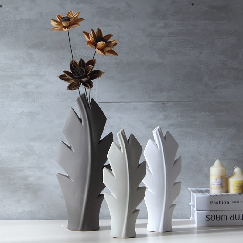 Modern ceramic flower Vase ornament Living Room Scandinavian Style decor figurines Creative home decorations accessories