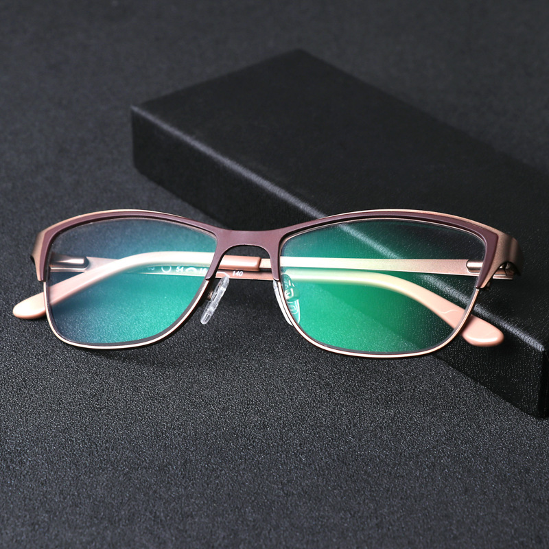Image 5 - 2019 New fashion Titanium alloy sunglasses for women  transition photochromic reading glasses presbyopia diopters glasses-in Women's Reading Glasses from Apparel Accessories