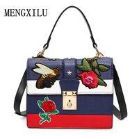 Bloemen/Bee Geborduurde Nationale Vintage Borduurwerk Schoudertas vrouwen handtas 2017 Mode Dames Kleine Lock Crossbody Bag Sac