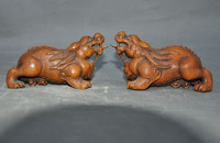 Crafts statue old Chinese Boxwood wood Carved Exorcism FengShui Pi Xiu lion Beast Statue Pair halloween