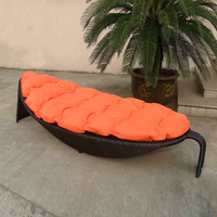 Outdoor Rattan Daybed For Hotel / Building , Fashion Leaf Shaped to sea port by sea