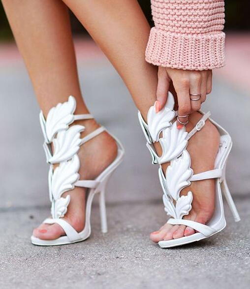 ФОТО Cheap Price Hot Selling Embellished Patent-leather Sandals High Heel Coline Cruel Embellished Wing High Heel Sandals Summer