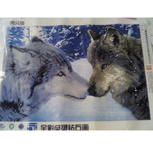 Two snow wolf 5d diy diamond painting animals round diamond mosaic cross stitch Snow scene diamond embroidery Siberia Wolf